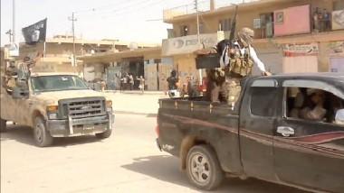 """""""الإعدام الفوري"""" عقوبة من لا ينفّذ الأوامر من مقاتلي داعش"""