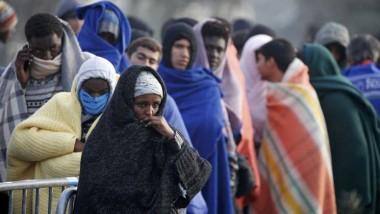 لندن تدعو فرنسا إلى حماية القاصرين في مخيم كاليه