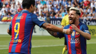 ميسي يحتفي بمرور 12 عاماً على أول مباراة رسمية له بقميص برشلونة