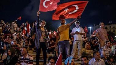 البرلمان الأوروبي يُعلّق مفاوضات انضمام تركيا إلى الاتّحاد