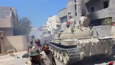 القوات الليبية تحرر 14 مدنيا من داعش في سرت