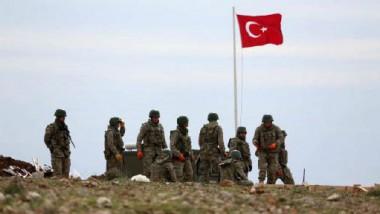 المماليك الأتراك يرفعون راية الطائفية