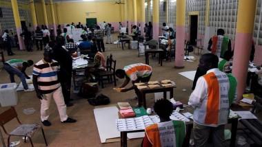 دستور جديد يحصد أصوات الأغلبية في ساحل العاج