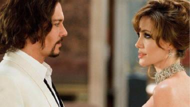 شائعات عن علاقة بين جوني ديب وإنجيلينا جولي