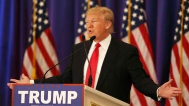 ترامب يعتزم إقالة جميع سفراء أميركا