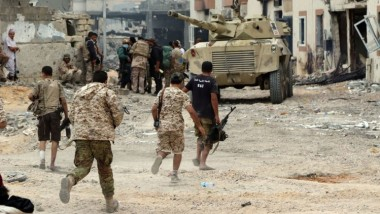 جماعات مسلّحة تسيطر على بن جواد الليبية قرب موانئ نفطية