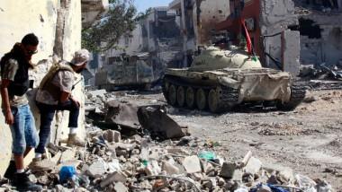 معارك عنيفة بين مجموعات  مسلّحة في طرابلس
