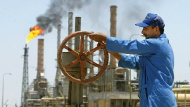 الكويت تشكّل لجنة لتنظيم الحقول المشتركة مع العراق