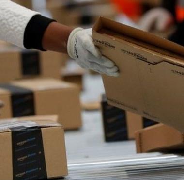 أمازون وأبل تلغيان اتفاقاً بشأن  تقديم الكتب المسموعة