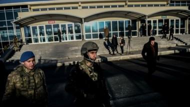 أوامر باعتقال 243 من أفراد الجيش التركي في تحقيق الانقلاب