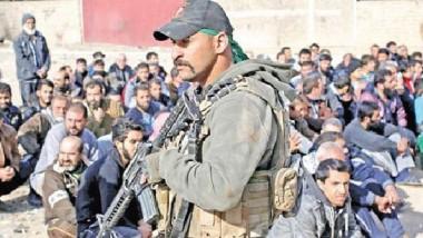 أهالي الموصل يطالبون بتكثيف التدقيق الأمني للقبض على الدواعش بالأحياء المحررة