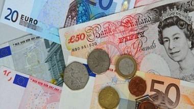 تراجع الإسترليني أمام اليورو