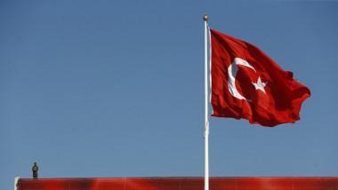 استطلاعان يظهران تقدما طفيفا لصالح تعديلات في استفتاء تركيا