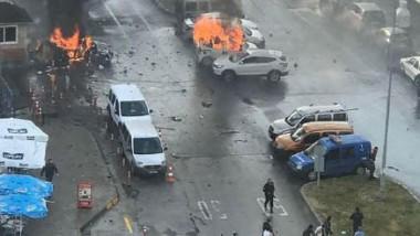 تفجير وهجوم أمام محكمة في أزمير غربي تركيا  والأمن يقتل مهاجمين اثنين