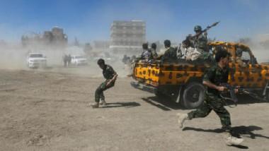 الجيش اليمني يشنّ غارات على مواقع الحوثيين  في «مأرب» واستمرار المعارك في «أبين»