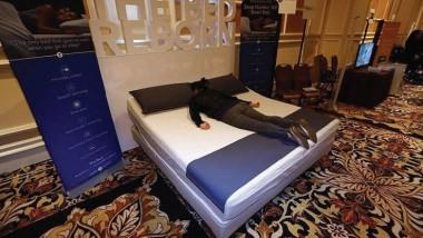 """""""سرير 360"""" الذكي لمنع الشخير"""