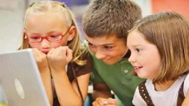 شروط مواقع التواصل صعبة على الأطفال والمراهقين