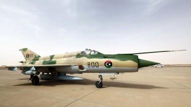 قوّات شرق ليبيا تقصف طائرة نقل عسكرية بوسط البلاد
