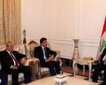 نائب كردي: حكومة الإقليم غير جادّة في تسوية خلافاتها مع بغداد