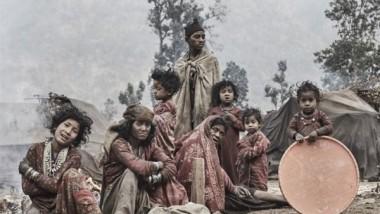 لقطات نادرة لآخر القبائل البدوية في العالم