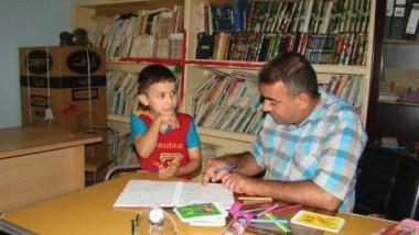 مركز التضامن التخصصي ينقذ طفلا من البكم