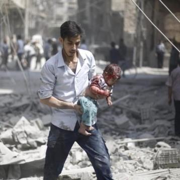 مقتل تسعة مدنيين غالبيتهم أطفال في قصف جوي بوسط سوريا