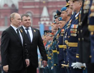 هل ستستثمر روسيا التوتر بين الناتو وأميركا لصالحها؟