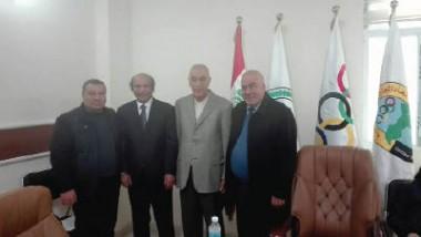 حمودي يلتقي لجنة الكولف