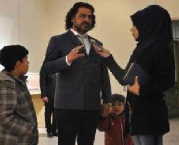 """راعي الأيتام """"الذهبي"""" يمتّع أطفاله بزيارة المتحف العراقي"""