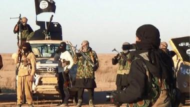 """داعش يدعو عناصره لتخزين المواد الغذائية والمياه استعداداً لمعركة """"شرسة"""""""