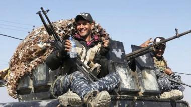 القوّات المشتركة تحرر معسكر الغزلاني ومطار الموصل وترفع العلم العراقي فوقهما