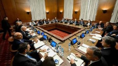دي ميستورا يحمّل الأطراف السورية  «مسؤولية تأريخية» في مفاوضات جنيف