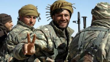 قوّات سوريا الديموقراطية تقطع طريق الإمداد  الرئيس لتنظيم «داعش « بين الرقّة ودير الزور