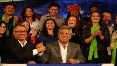 المرشح الاشتراكي لينين يفوز رسميا برئاسة الإكوادور
