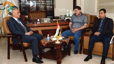 حمودي يلتقي عريبي ممثلاً عن نجوم الكرة العراقية