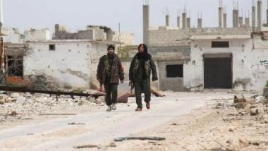 داعش يفخخ أجزاءً من الطريق الدولي السريع شرق الرطبة