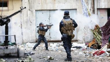 """الشرطة الاتحادية تقتحم أكبر معاقل """"داعش"""" في منطقة البورصة أيمن الموصل"""