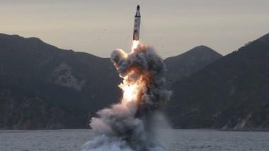 كوريا الشمالية تختبر صاروخا باليستيا