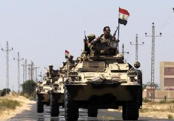 ماذا خسر الاقتصاد المصري بانخراط الجيش فيه؟