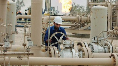 4.7 مليارات دولار إيرادات آذار النفطية