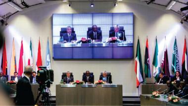 العراق والجزائر يؤيدان تمديد اتفاق خفض الإنتاج