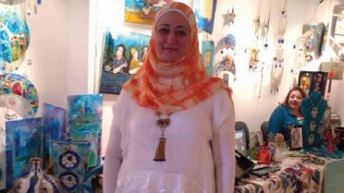 التشكيلية مي النعيمي تحاكي حضارة العراق في «ألحان سومرية»