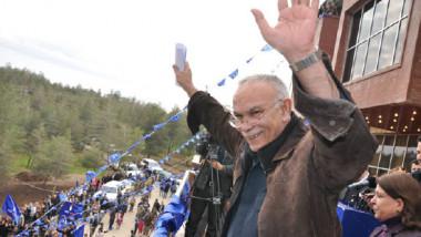 زعيم حركة التغيير والحركة الإصلاحية في الإقليم نوشيروان مصطفى ينتقل إلى جوار ربه