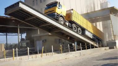 التجارة تتسلم أول الكميات من الحنطة المسوقة في سايلو الطوز