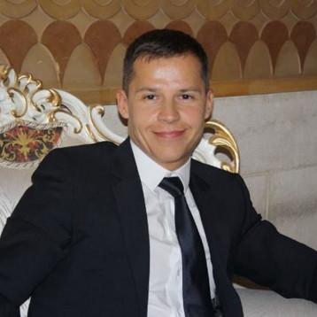 اعتقال السفير الفرنسي السابق في بغداد بتهمة تهريب أموال