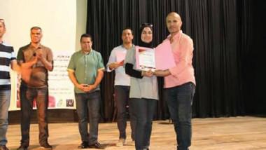 المخرج أنس عبدالصمد: تدرّب على أسلوبي المسرحي أكثر من ألف فنان