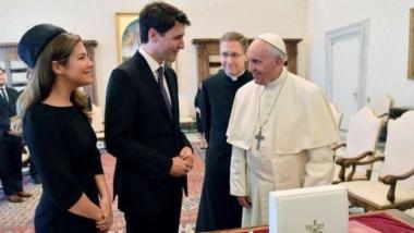 رئيس وزراء كندا يطالب البابا  بالاعتذار عن الإساءة لطلاب