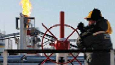 روسيا تُؤيّد تمديد اتفاق خفض إنتاج النفط