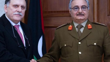 طريق ليبيا إلى المستقبل غامض برغم تجاوز مأزق بين حفتر والسراج