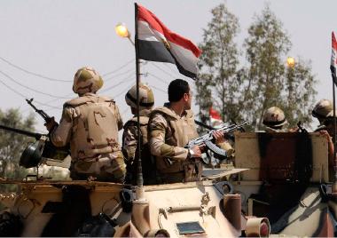 مصر ترد على هجوم المنيا بضربات جوية استهدفت إرهابيين في ليبيا